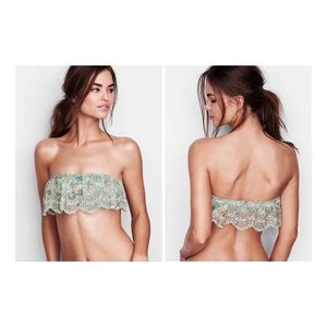 Victoria's Secret lace flounce bandeau bra